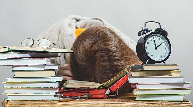 تنظيم وقت الدراسة !!